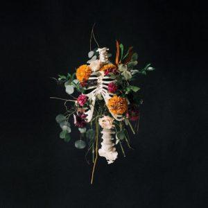 ALBUM: Elevation Worship – Graves into Gardens (Live)(Deluxe)